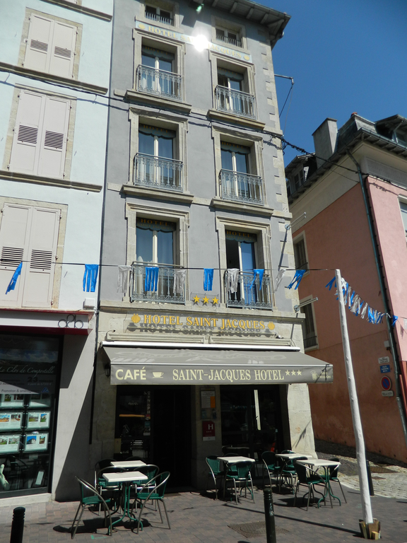 Hotel le puy en velay030 h tel saint jacques for Hotel le puy en velay avec piscine